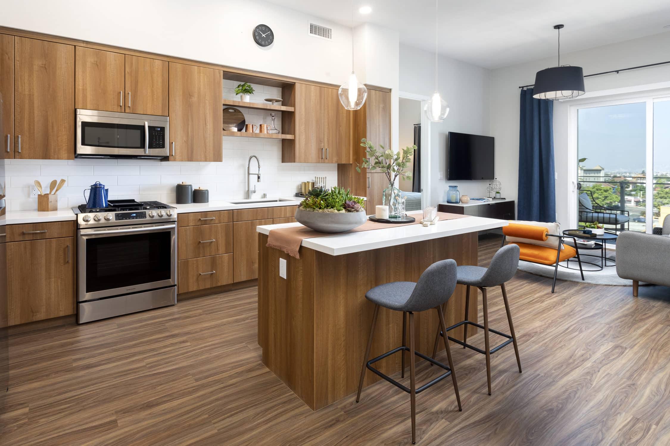 Alexan Bahay Apartments 02_02