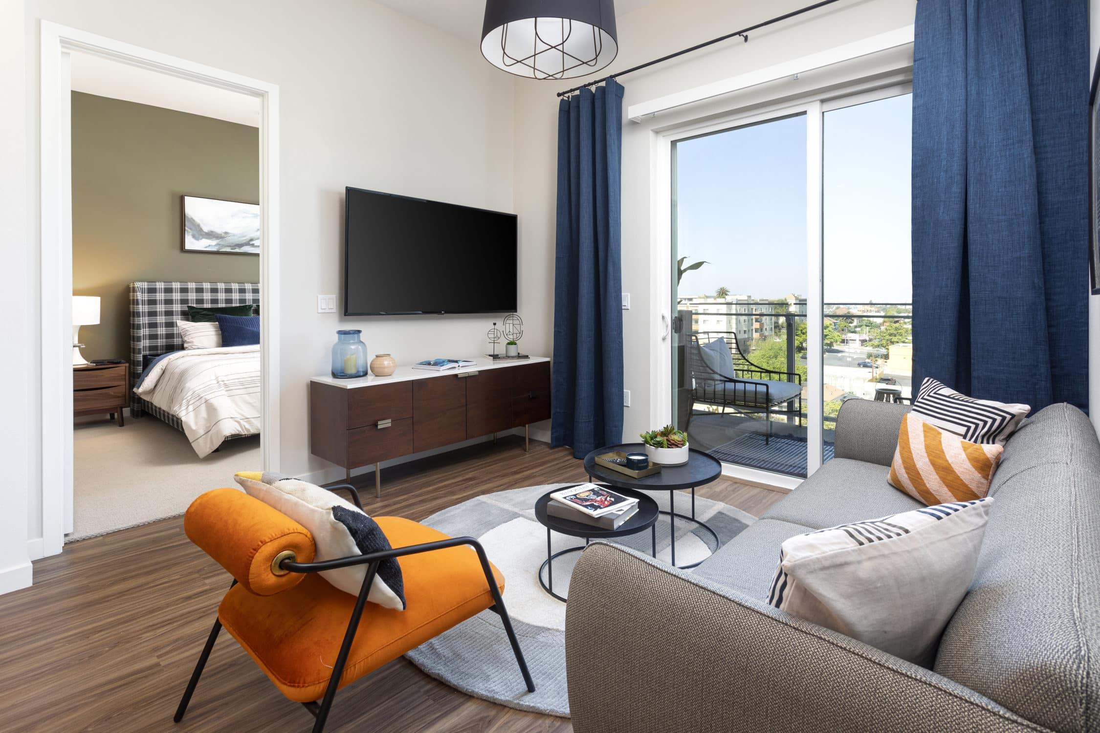 Alexan Bahay Apartments 02_04